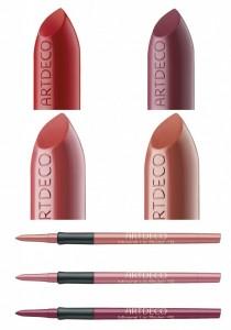 rouge à lèvres et crayons
